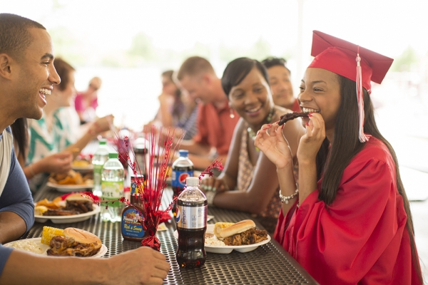 Graduation Catering Services Stickney IL - Famous Dave's - EricEul_FamousDaves_IN3A0049