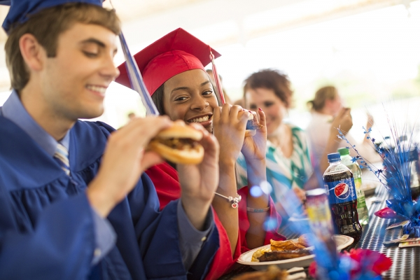 Graduation Catering Services North Riverside IL - Famous Dave's - EricEul_FamousDaves_IN3A0300
