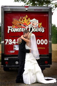 Wedding Catering Services Buffalo Grove IL - Famous Dave's - wedding-2